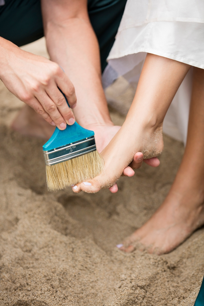 Brush the sand from your soles!