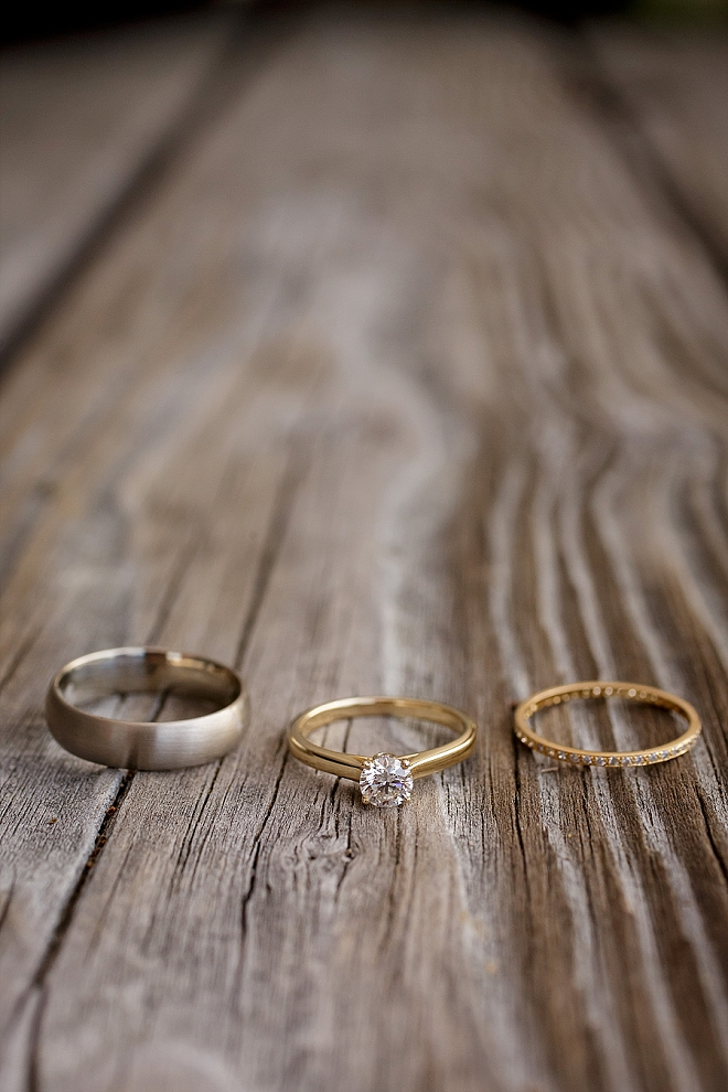 We love this simple and stunning ring shot!