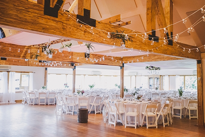 We love this stunning lakeside reception!