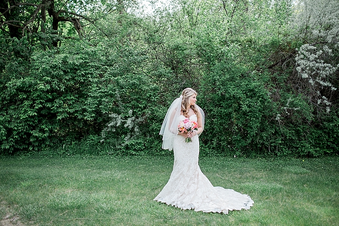 We're loving this stunning Bride before the ceremony!