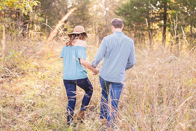 We're in love with this romantic St. Louis engagement session!