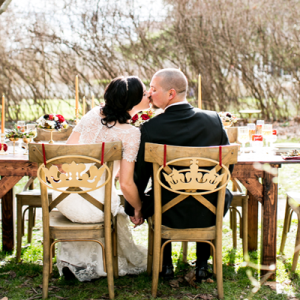We're crushing on this styled Snow White themed wedding!