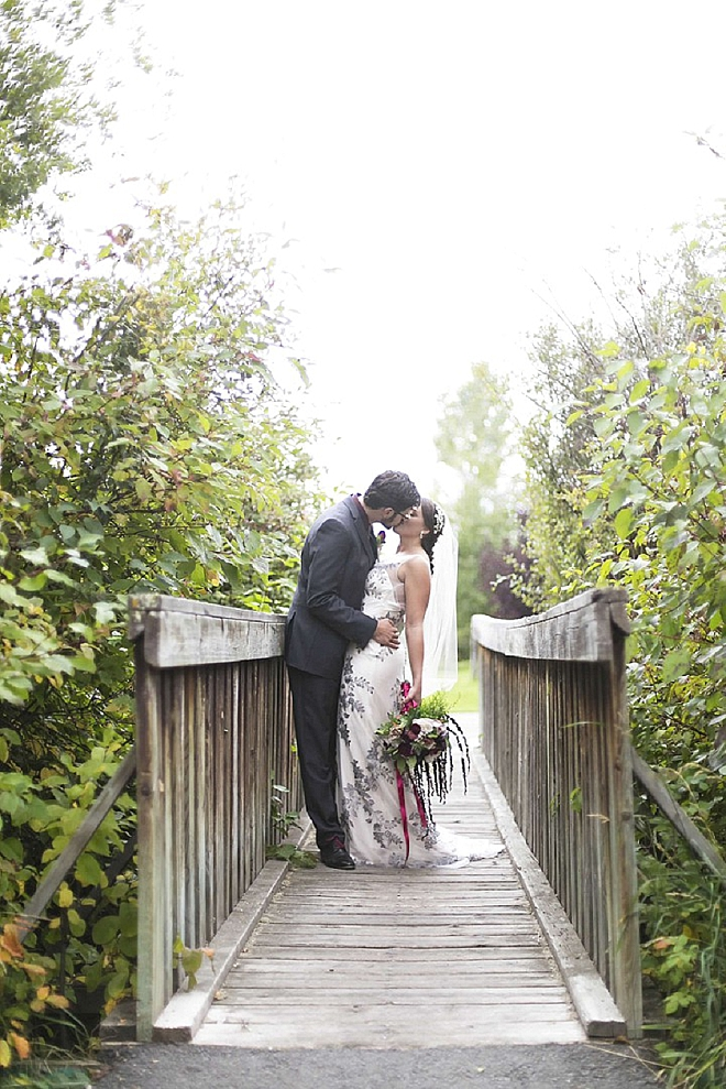 We love this couple's stunning Canadian wedding!