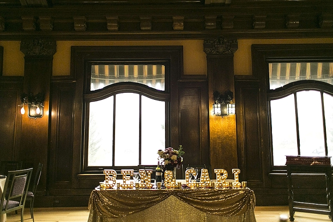 We're in LOVE with this couple's gorgeous sweetheart table!