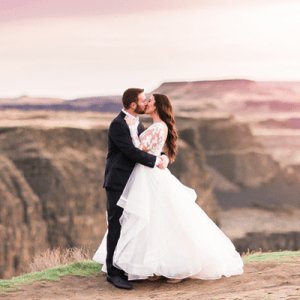 OMG! We are in LOVE with this stunning Washington anniversary shoot!