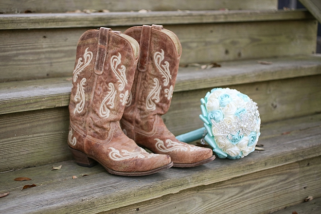 In LOVE with this Bride's cowgirl boots for her wedding shoes!