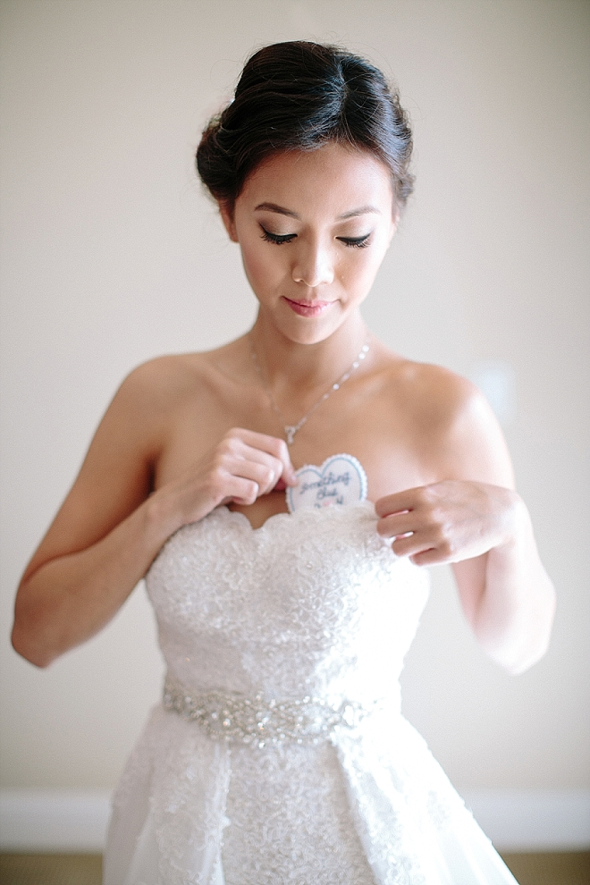 Check out this Bride's Something Blue dress patch - such a darling idea!