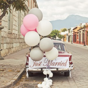 Giant balloons are a fantastically perfect getaway car decor!