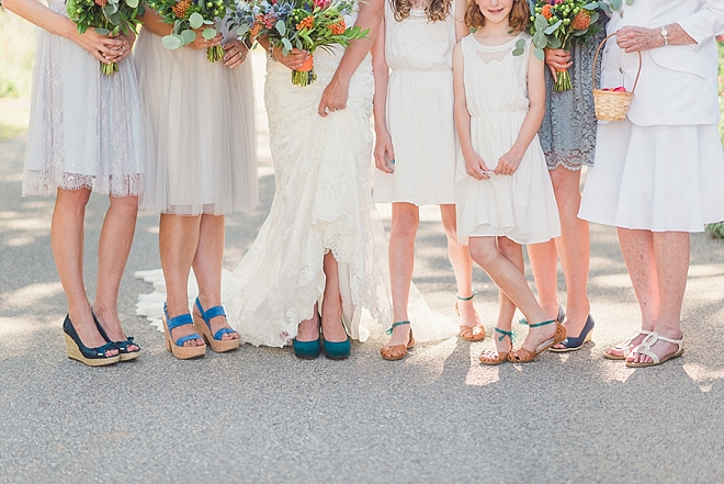 Fun snap of the Bride and her Bridesmaids before the first look!