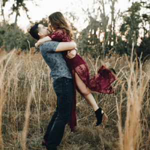 We are in LOVE with our new Bridal Blogger Brittany's engagement session!!