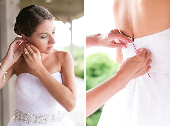Cute snap of this beautiful Bride getting ready for the ceremony!