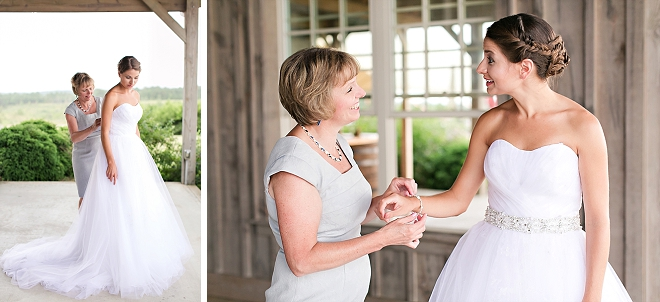 We love this super sweet snap of the Bride and her Mom before the ceremony!