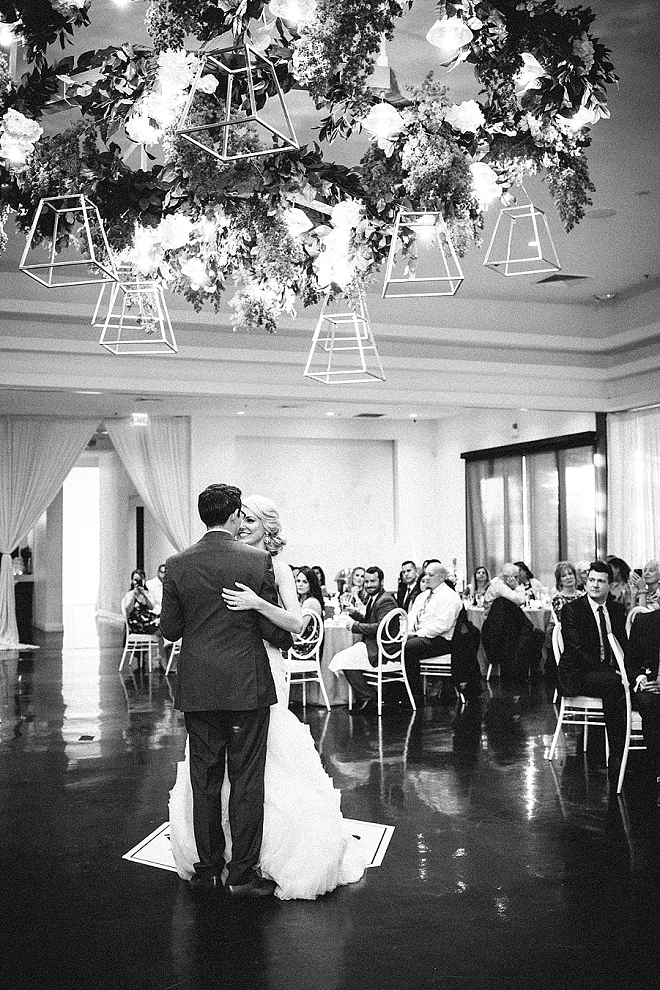 Sweet snaps of this darling couple and their first dance!