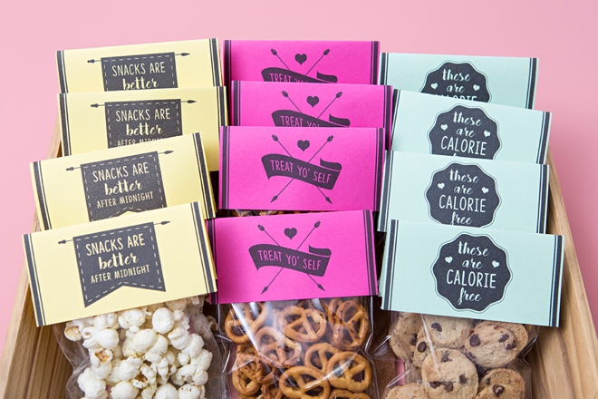 These are the cutest free printable wedding snack favors ever!