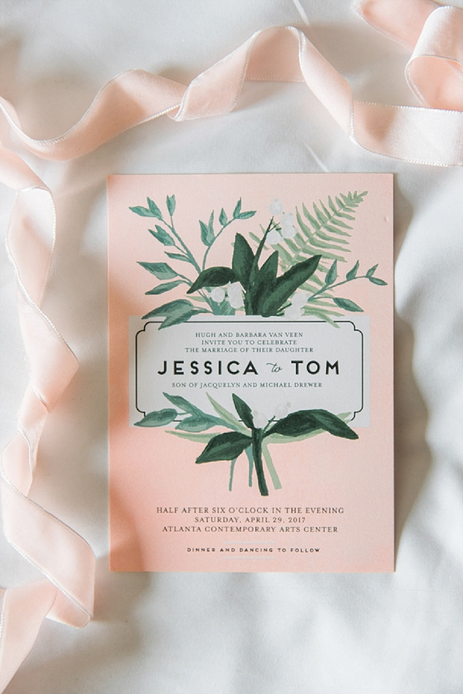 Check out this super gorgeous invitations! Swoon!