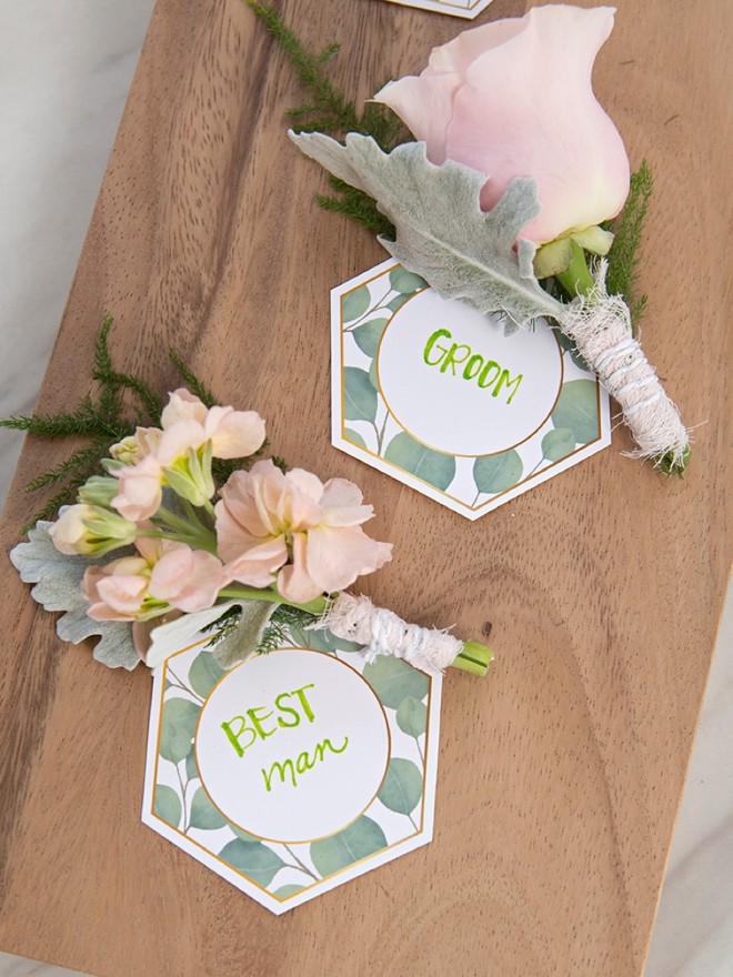 Check out these free printable boutonniere tags!