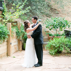 Crushing on this couple's super crafty and thoughtful day!