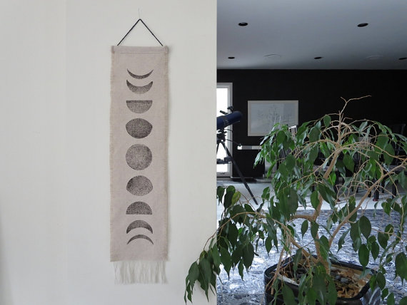 Cool gift alert! This moon phase wall hanging is an awesome and unique gift idea!