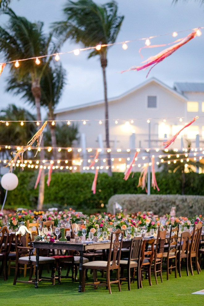 This twinkle lit Florida outdoor reception is AMAZING!