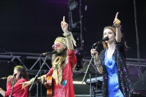CRYSTAL FIGHTERS at Field Day