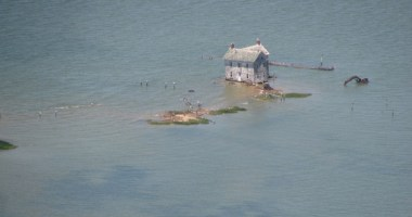 http://sometimes-interesting.com/2013/04/08/the-last-house-on-holland-island/