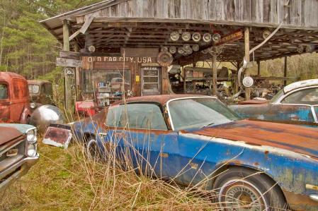 Old-Car-City-83