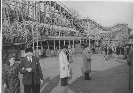 Kulturpark Plänterwald visitors, circa 1969