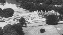 Aerial view of Lea Park Manor (zoom)