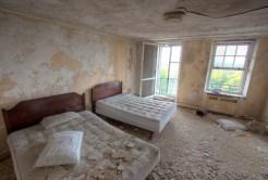 Buck-Hill-Inn-14-guest-room-beds