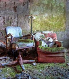 Buck-Hill-Inn-25-chairs