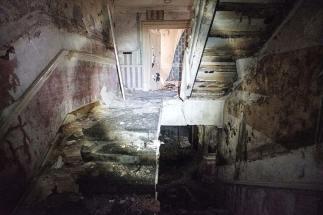 Skinburness-Hotel-stairs-2