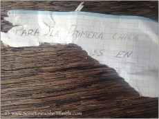 Note in Spanish on graph paper