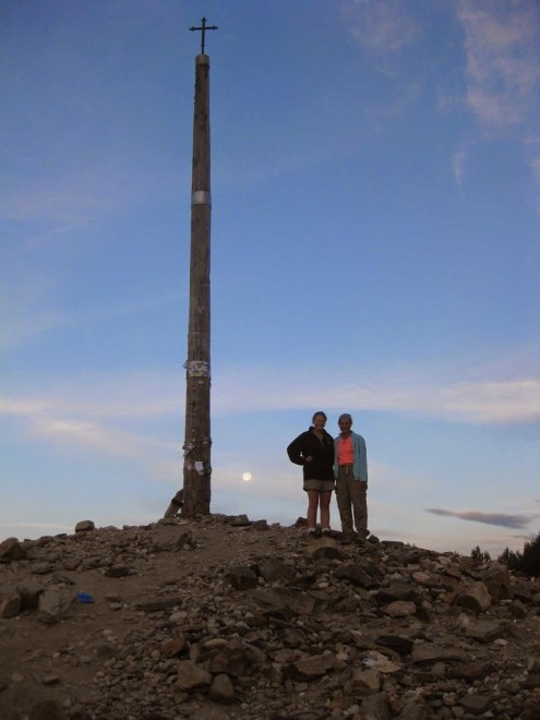 Suzanne and Julia at Cruz de Ferro at sunrise