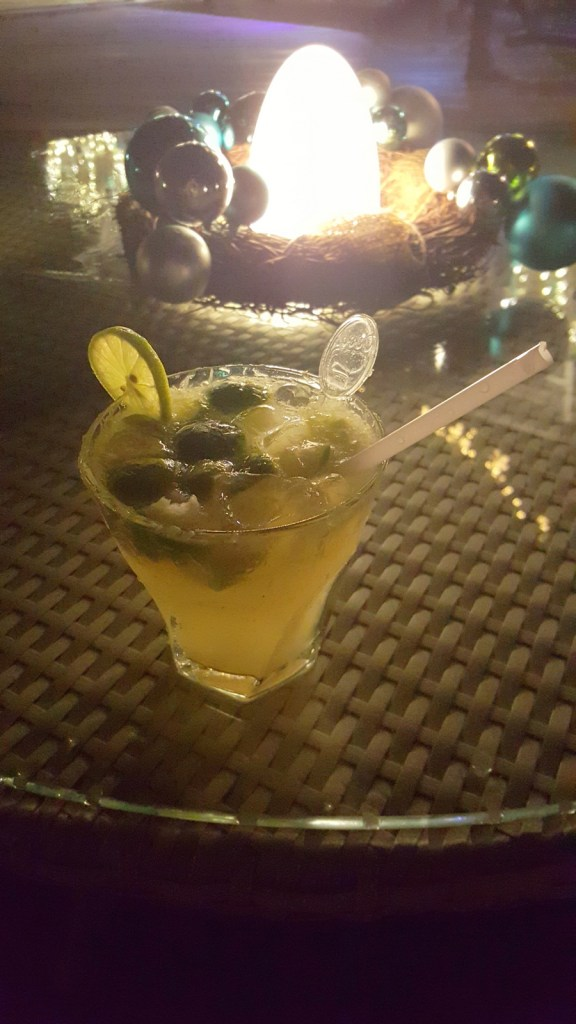 Cocktails at Ellaidhoo