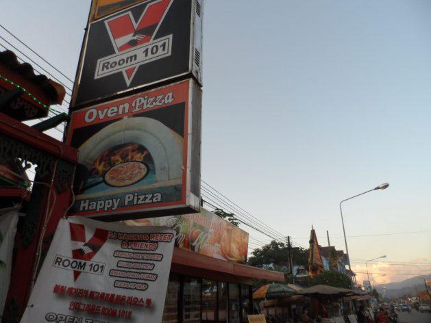 Happy Pizzas in Vang Vieng, Laos