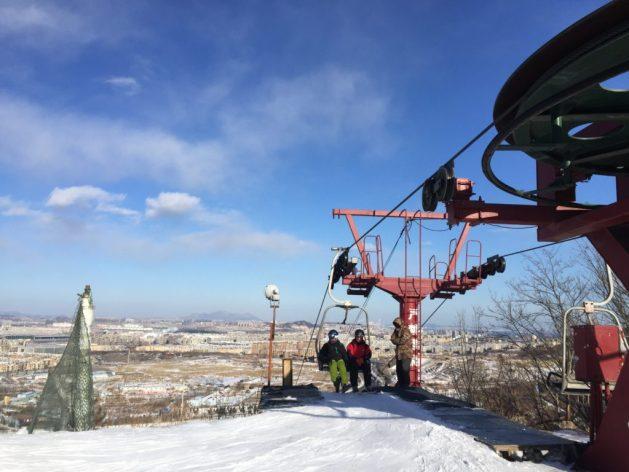 Skiing and snowboarding in Dalian, China