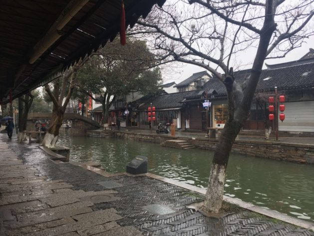 Zhujiajiao watertown is quite peaceful at the right time
