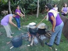 Fiesta Patronal 2014; senoras cooking blood sausages