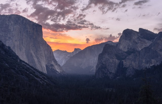 Complete Guide To Yosemite National Park | Somewhere Sierra