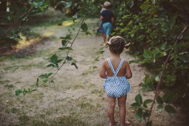 marlow picking berries