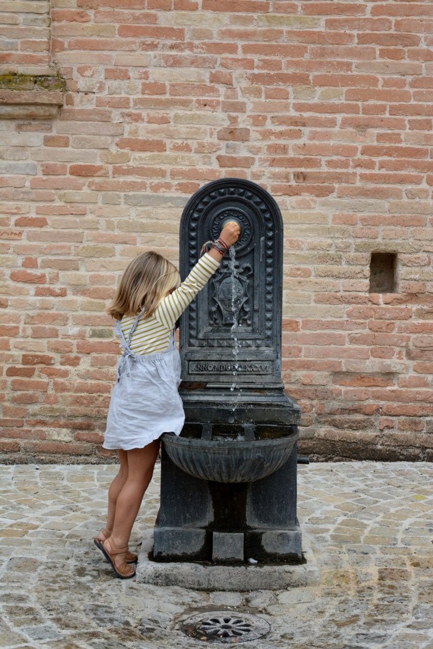 Marlow and water fountain