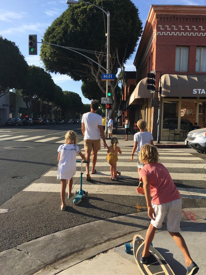 kids-on-wheels-in-venice