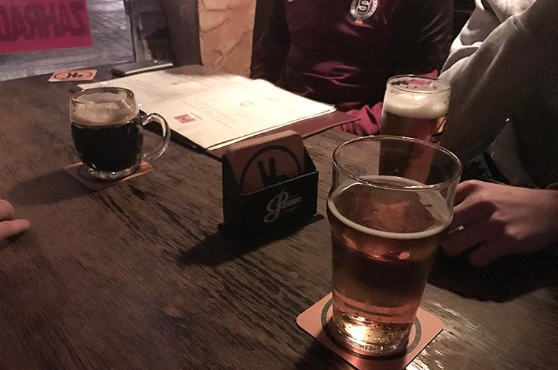 weekend-in-praag-pub