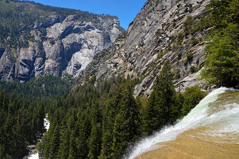 Yosemite Mist Trail top