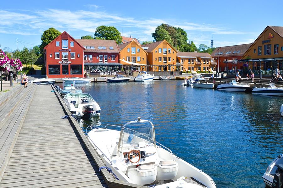 Fiskebrygga - sommarmorgon.com