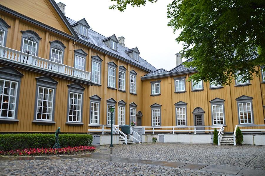 zien en doen in Trondheim - Stiftsgården - sommarmorgon.com