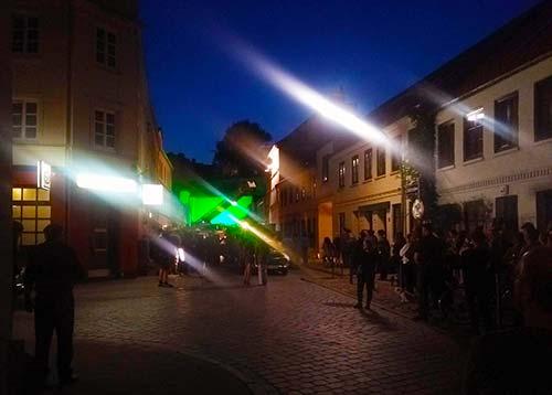 Nächtlicher Filmdreh in der Zeißstraße in Ottensen