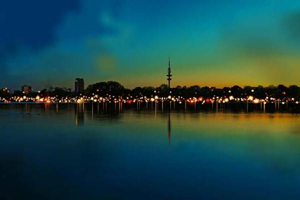 21 Million Lights an der Aussenalster