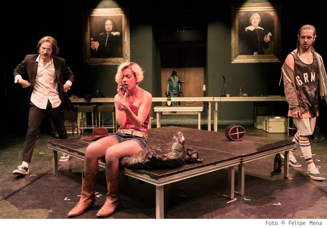 Mammón (Tot pels diners 1) - Teatre Lliure - (c) Felipe Mena