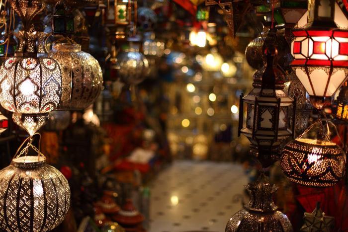 Moroccan lamps and Lanterns shop at the souk, Medina of Marrakech, Photo Credit: Mark Rowland, Flickr